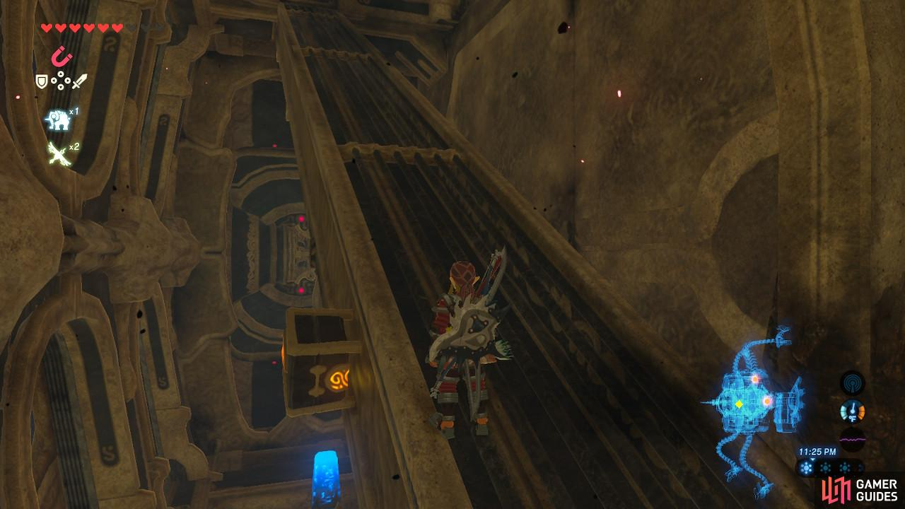 You will need some fancy footwork and precise timing to make it to the side of the ramp as Vah Rudania tilts